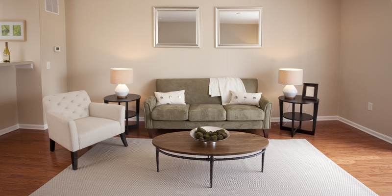 Living Room | Preserve Crossing Apartments Gahanna, OH
